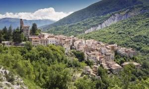 Abruzzo hill town